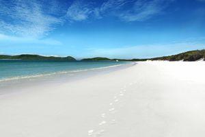 spend xmas on whitehaven beach in the whitsundays