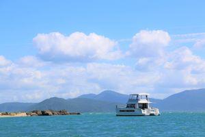 MAESTRO 37 Power Catamaran