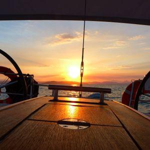blizzard yacht whitsundays sunset