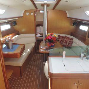 Jeanneau 36 sailing yacht jasambri saloon 2
