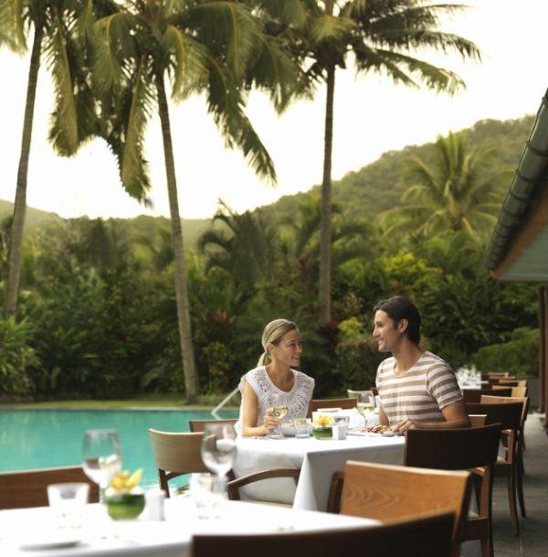 img-pool-terrace-restaurant